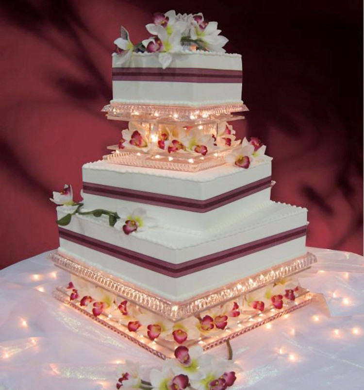 Wedding Cake Base Ideas Picture in Wedding Cake