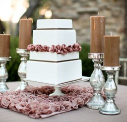 1024x683px Wedding Cake Base Square Picture in Wedding Cake