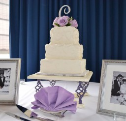 1024x682px Wedding Cake Bases White Picture in Wedding Cake