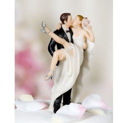 1024x1024px Western Style Wedding Cake Toppers Picture in Wedding Cake