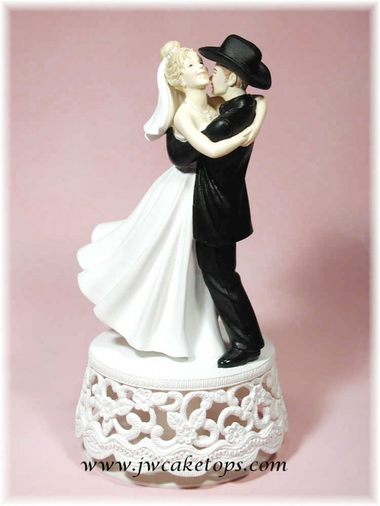 Western Wedding Cake Toppers Cheap Picture in Wedding Cake