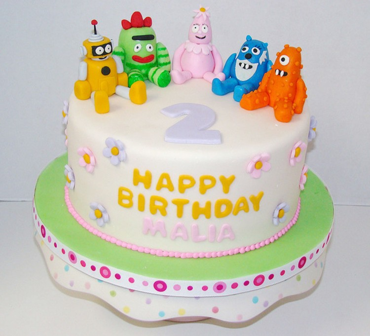 Yo Gabba Gabba Birthday Cakes Toppers Picture in Birthday Cake
