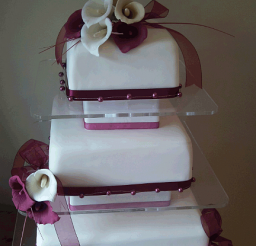 432x640px 3 Tier Wedding Cake Prices Picture in Wedding Cake