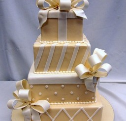 496x634px Best Decorated Cakes Picture in Cake Decor