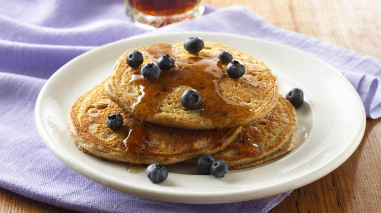 Bisquick Buttermilk Pancake Recipe Picture in pancakes