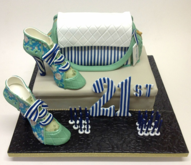 Designer Handbag Cakes Picture in Cake Decor