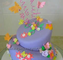 356x530px Egg Free Vanilla Cake Picture in Cake Decor