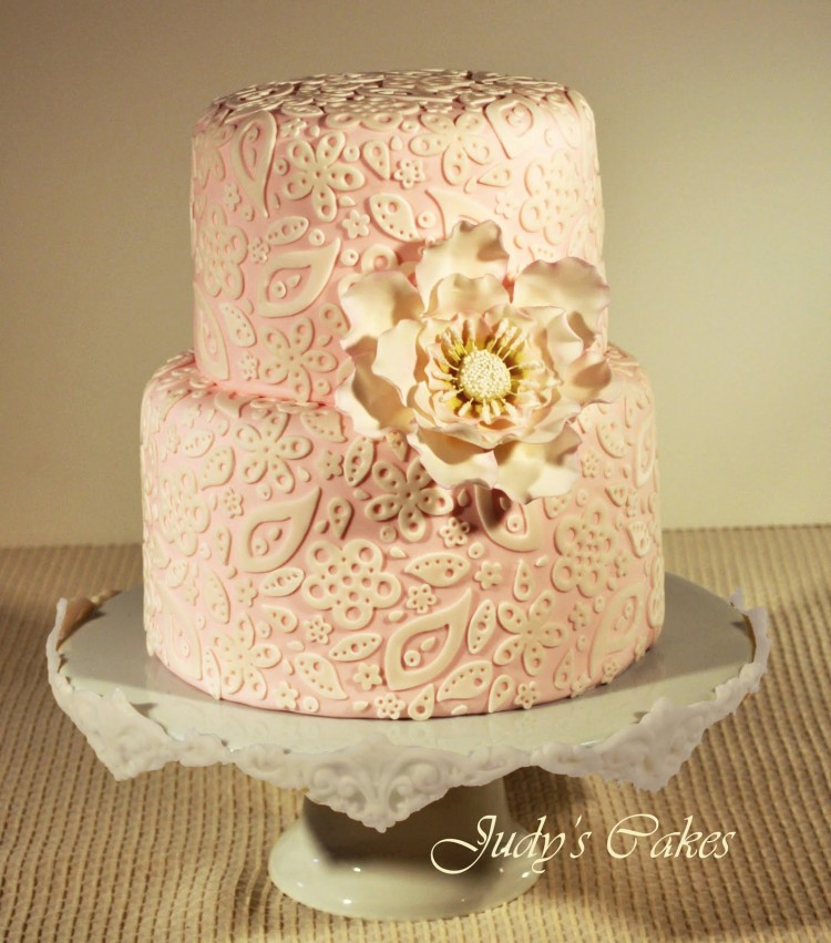 Lace For Cakes Picture in Cake Decor