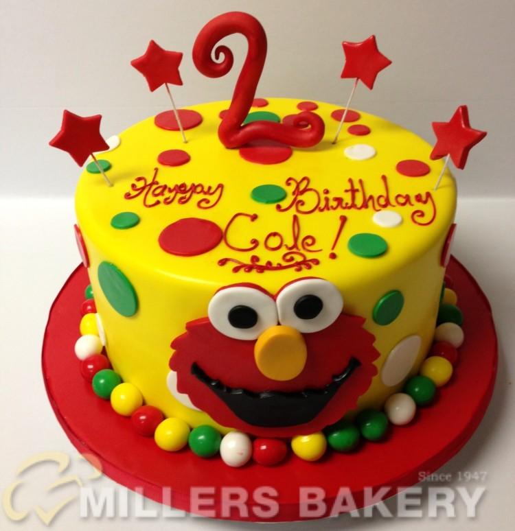 Make Elmo Birthday Cake Picture in Birthday Cake