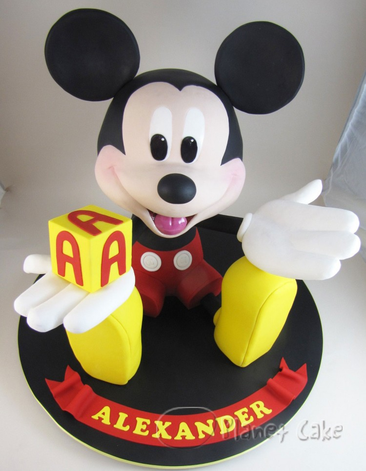 Mickey Mouse Cake Pops For Sale Picture in Cake Decor