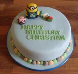 580x435px Minion Birthday Cake Picture in Birthday Cake