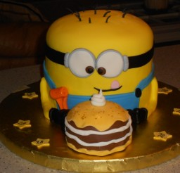 900x675px Minion Birthday Cakes Picture in Birthday Cake