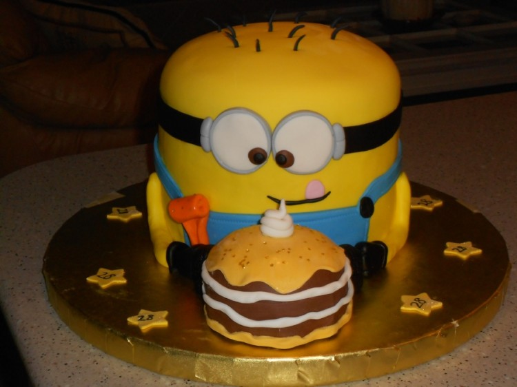 Minion Birthday Cakes Picture in Birthday Cake