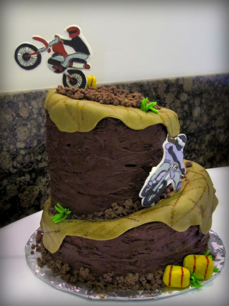 Motorcross Cakes Picture in Cake Decor
