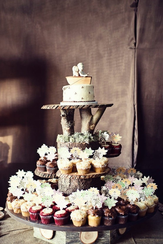 Multi Tier Cake Stand Picture in Cake Decor