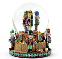 800x800px Nutcracker Snowglobe Picture in Cake Decor