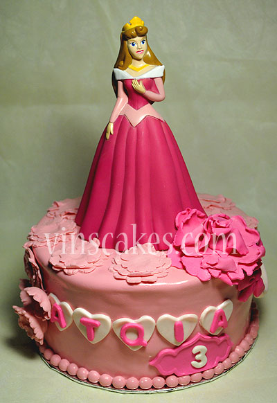 Princess Aurora Cakes Picture in Cake Decor