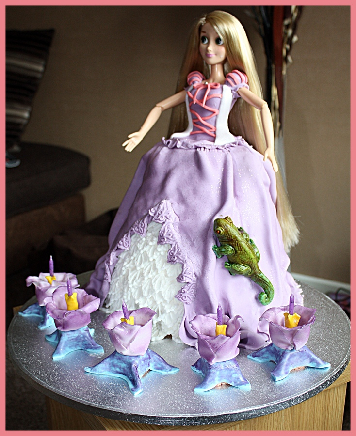 Repunzel Cakes Picture in Cake Decor
