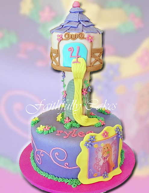 Tangled Rapunzel Tower Picture in Cake Decor
