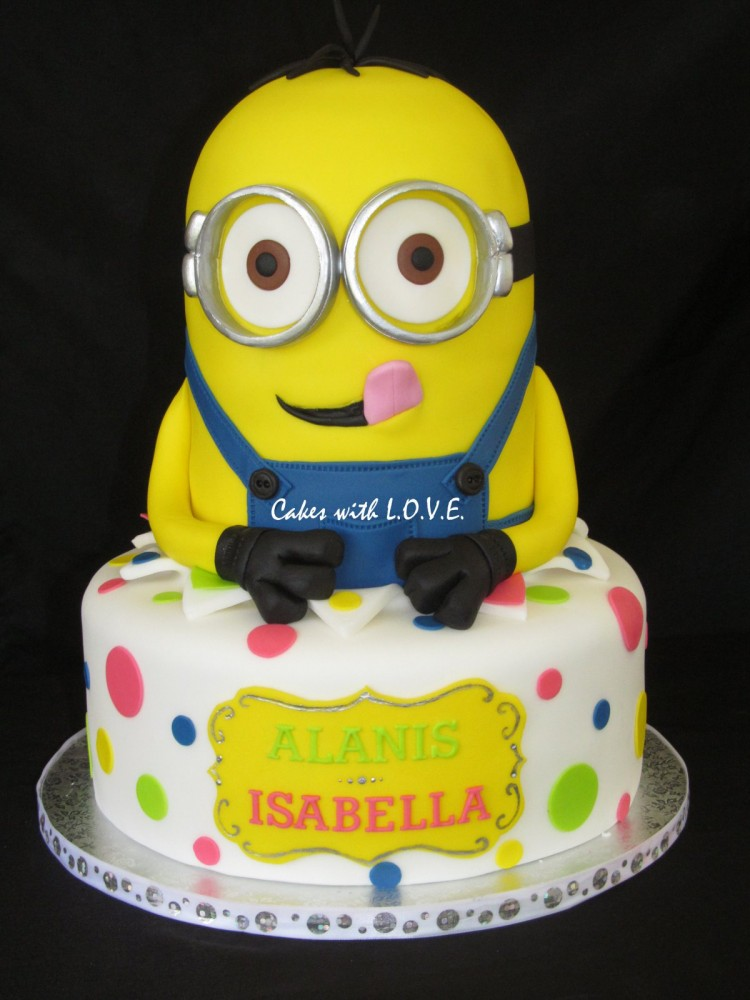 Where To Buy Minion Cake Picture in Cake Decor