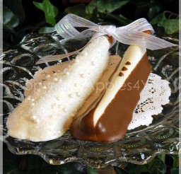 600x601px Chocolate Covered Pretzel Rods Wedding Favors Picture in Chocolate Cake