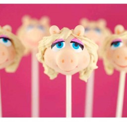 700x459px Cupcake Pops Maker Picture in Cake Decor