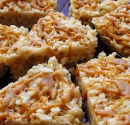 736x552px Gourmet Rice Krispy Treats Picture in Cake Decor