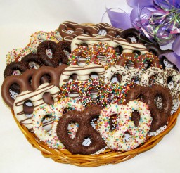 2160x1620px Chocolate Covered Pretzels Picture in Chocolate Cake