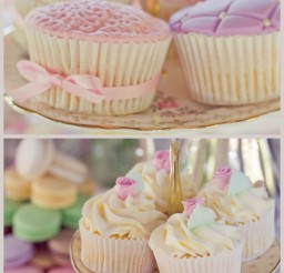 724x1024px Ice Cream Cupcake Holder Picture in Cupcakes