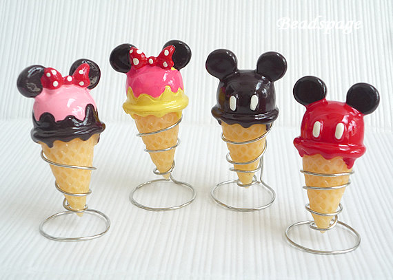 Mini Ice Cream Cone Holder Picture in pancakes