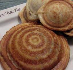 1000x562px Mini Pie Pop Maker Picture in pancakes