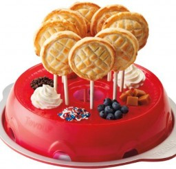 500x444px Pie Pop Maker Picture in Wedding Cake