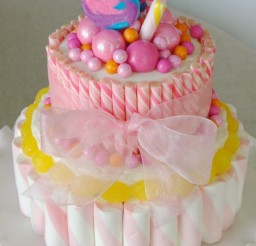576x867px Pink Candies Cake Picture in Cake Decor