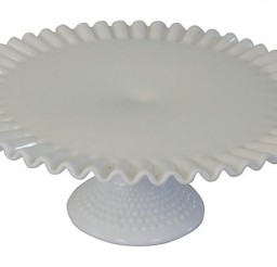 620x422px Ruffled Cake Stand Picture in Cake Decor
