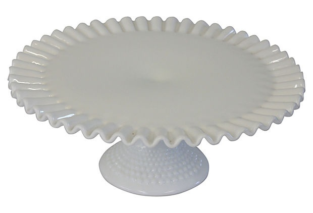 Ruffled Cake Stand Picture in Cake Decor